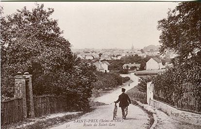 Saint-Prix en cartes postales - La route de Saint-Leu