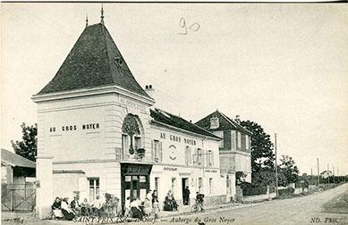 Saint-Prix en cartes postales - Le gros noyer